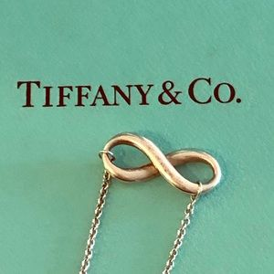 Tiffany single strand infinity necklace 16.5""